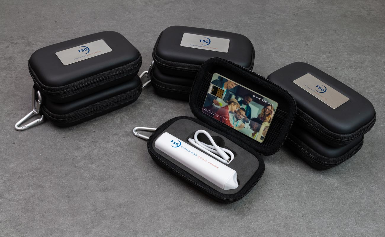 Impact S - Custom USB and Credit Card Power Bank